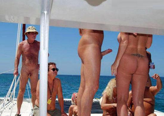 стояк у нудистов фото