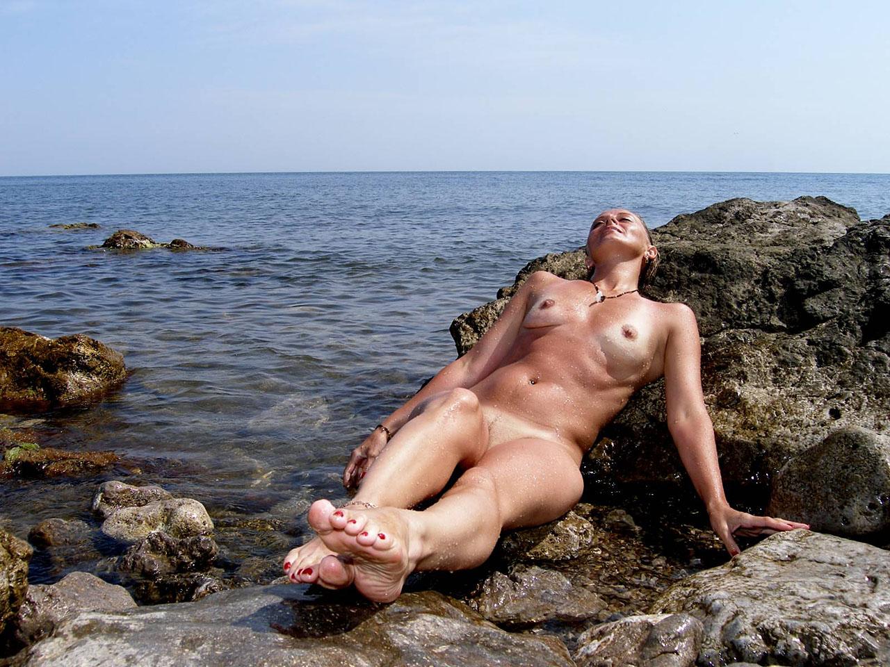 Частное фото голых жен на отдыхе 16 фотография